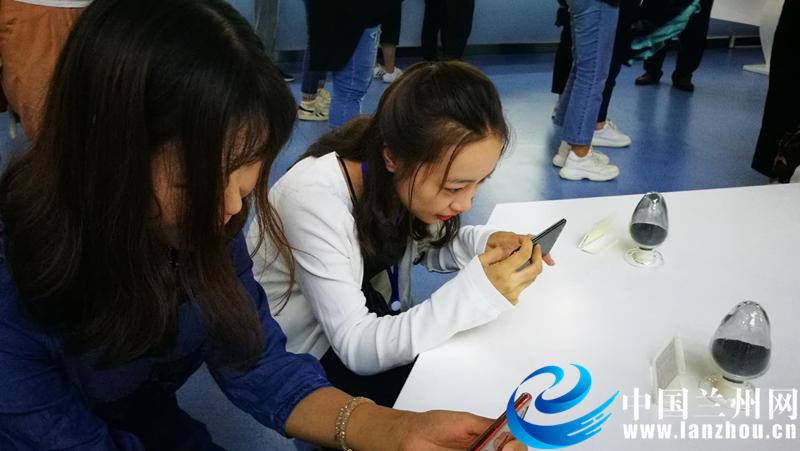 【2018网络媒体宁夏行】这家石墨烯高科技公司来宁夏,到底图个啥?