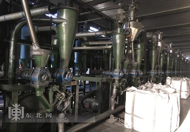 鹤岗:发展五条产业链 推动石墨产业高质量发展