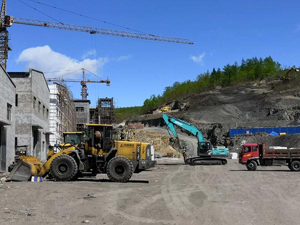 煤企转型新材料 石墨产业前景好