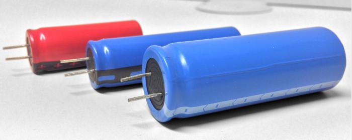 高密度混合电力电容器:能源竞赛的新方向