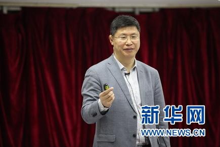"""刘忠范:用""""研发代工""""打造产学研相结合的新型研发机构"""