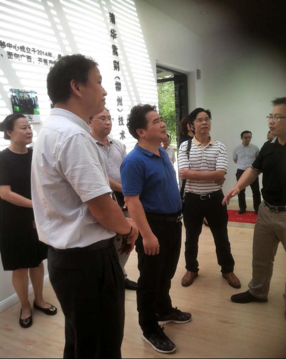 何焕全副市长带队到鹿寨调研产学研合作及技术转移机构