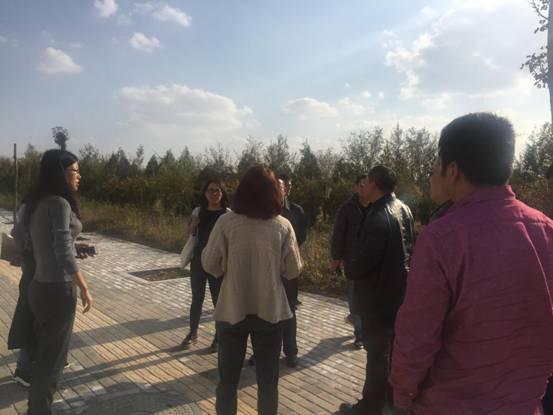 银川市发改委会同市直相关部门为石墨烯项目进行落地选址