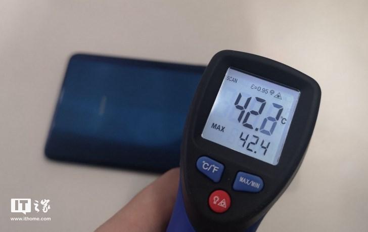 华为Mate 20 X石墨烯散热表现如何?我们最苛刻地测试了一下