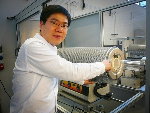 中国博士生设计高温炉有望推动石墨烯低成本量产