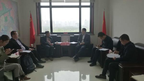 西安市科技局主要领导与中国石墨烯产业技术创新战略联盟秘书长李义春一行进行座谈
