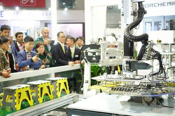 CHINAPLAS高效对接行业需求,创新科技涌现