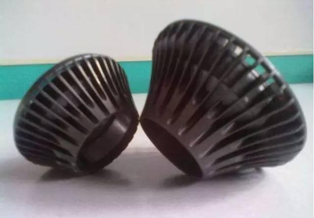 石墨烯和塑料如何复合?石墨烯高导热塑料如何制备?