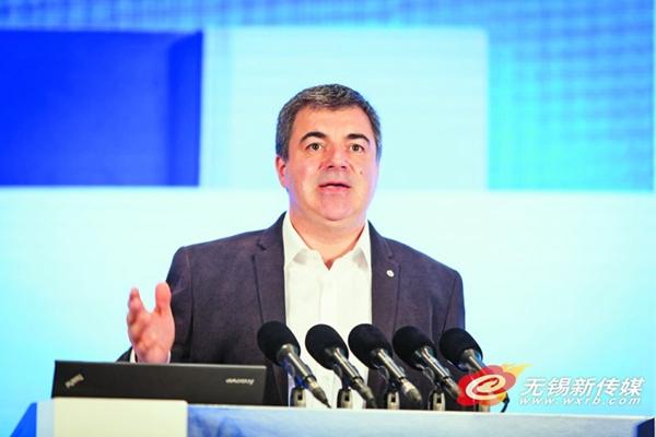 斯坦丁·诺沃肖洛夫:石墨烯将是未来产业的发展重点