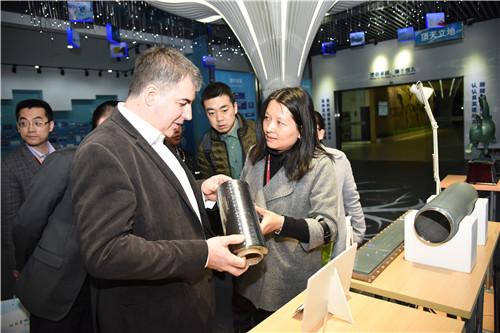 诺贝尔物理学奖获得者Konstantin Novoselov来访宁波材料所